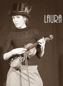 Laura ausgeschnitten